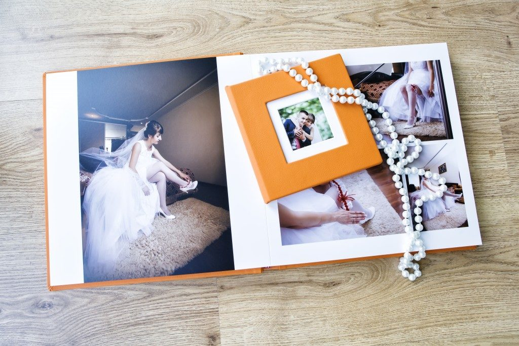 Wedding photo album spread and CD box
